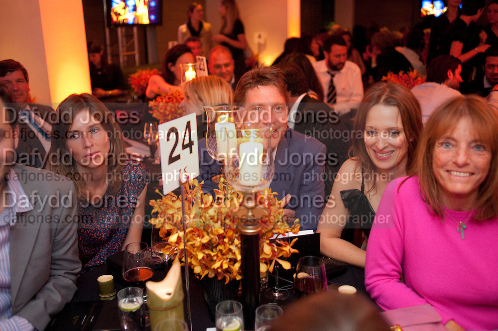SIAN WYNN-OWEN; CHARLES PULHAM; VASHTI ARMIT; RUTH ROGERS, The Tomodachi ( Friends) Charity Dinner hosted by Chef Nobu Matsuhisa in aid of the Japanese Tsunami Appeal. Nobu Park Lane. London. 4 May 2011. <br /> <br />  , -DO NOT ARCHIVE-© Copyright Photograph by Dafydd Jones. 248 Clapham Rd. London SW9 0PZ. Tel 0207 820 0771. www.dafjones.com.