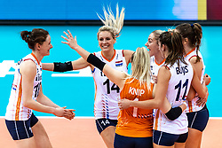 16-10-2018 JPN: World Championship Volleyball Women day 17, Nagoya<br /> Netherlands - China / Lonneke Sloetjes #10 of Netherlands, Laura Dijkema #14 of Netherlands, Maret Balkestein-Grothues #6 of Netherlands