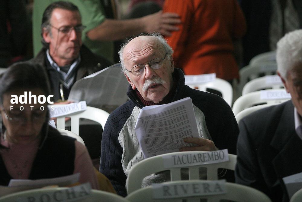 Vladimir Turiansky. Montevideo, 2007.<br /> URUGUAY / MONTEVIDEO / <br /> Foto: Ricardo Ant&uacute;nez / AdhocFotos<br /> www.adhocfotos.com