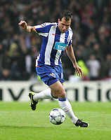 20090415: PORTO, PORTUGAL - FC Porto vs Manchester United: Champions League 2008/2009 – Quarter Finals – 2nd leg. In picture: Mariano Gonzalez . PHOTO: Manuel Azevedo/CITYFILES