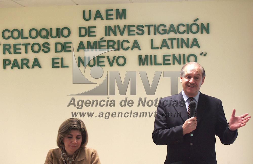 Toluca, Mex.- Salvador Malo , Director de Investigaciones del Instituto Mexicano para la Competitividad (IMC), por su participacion en el Coloquio de Investigacion &quot;Retos de America Latina para el Nuevo Milenio&quot;. Agencia MVT / Javier Rodriguez. (DIGITAL)<br /> <br /> <br /> <br /> <br /> <br /> <br /> <br /> <br /> <br /> <br /> <br /> <br /> <br /> <br /> <br /> <br /> <br /> <br /> <br /> <br /> <br /> <br /> <br /> <br /> <br /> <br /> <br /> <br /> <br /> <br /> <br /> NO ARCHIVAR - NO ARCHIVE