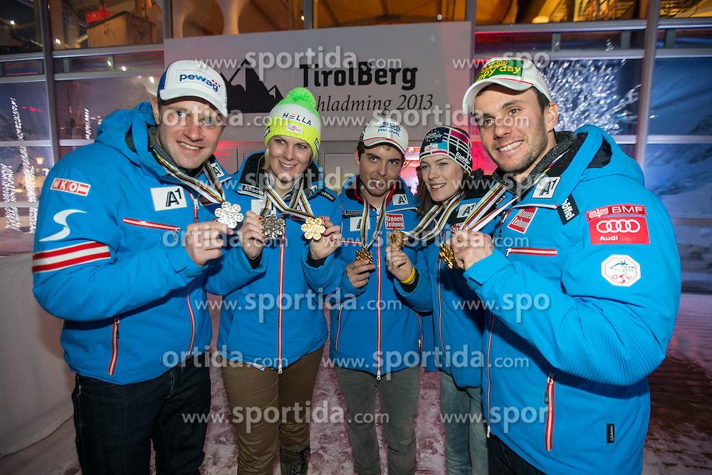 13.02.2013, Tirolberg, Schladming, AUT, FIS Weltmeisterschaften Ski Alpin, OeSV Night, im Bild die österreichischen Medaillen Gewinner v.l. Romed Baumann, Nicole Hosp, Marcel Matthis, Carmen Thalmann, Philipp Schörghofer // at the OeSV Night during FIS Ski World Championships 2013 at the Tirolberg, Schladming, Austria on 2013/02/13. EXPA Pictures © 2013, PhotoCredit: EXPA/ Johann Groder