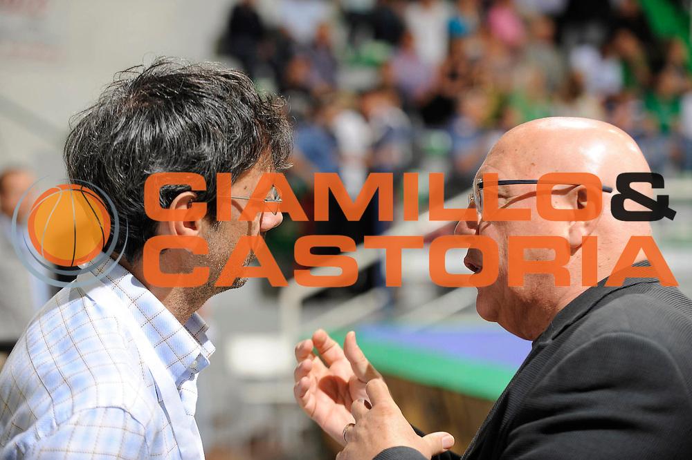 DESCRIZIONE : Siena Lega A 2008-09 Playoff Semifinale Gara 3 Montepaschi Siena Benetton Treviso<br /> GIOCATORE : Stefano Valenti Enzo Lefebre<br /> SQUADRA : <br /> EVENTO : Campionato Lega A 2008-2009 <br /> GARA : Montepaschi Siena Benetton Treviso<br /> DATA : 03/06/2009<br /> CATEGORIA : ritratto<br /> SPORT : Pallacanestro <br /> AUTORE : Agenzia Ciamillo-Castoria/G.Ciamillo