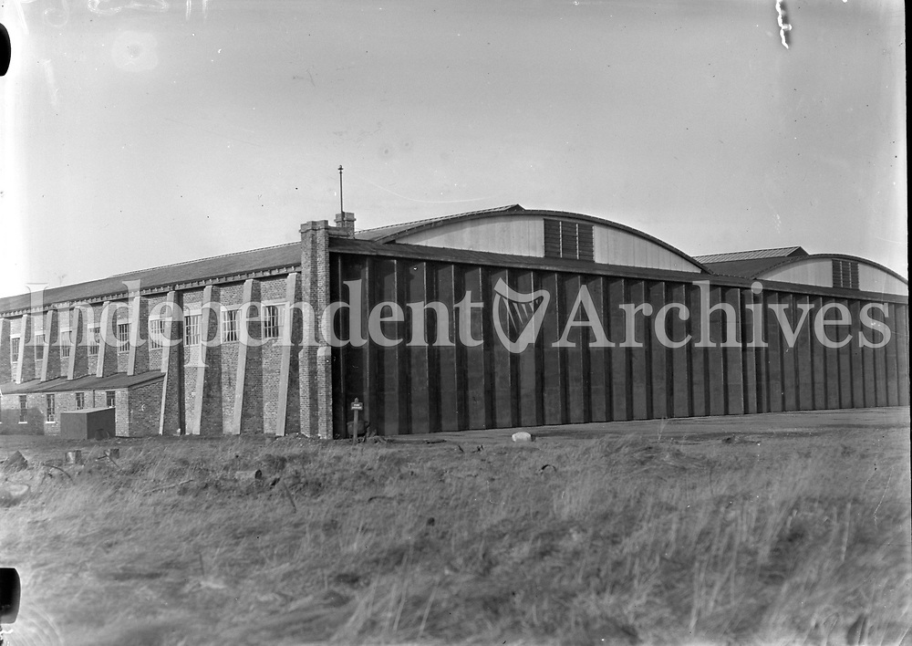 Picture of Aircraft Hanger. 18 February 1932<br /> (Part of the Independent Newspapers Ireland/NLI Collection)