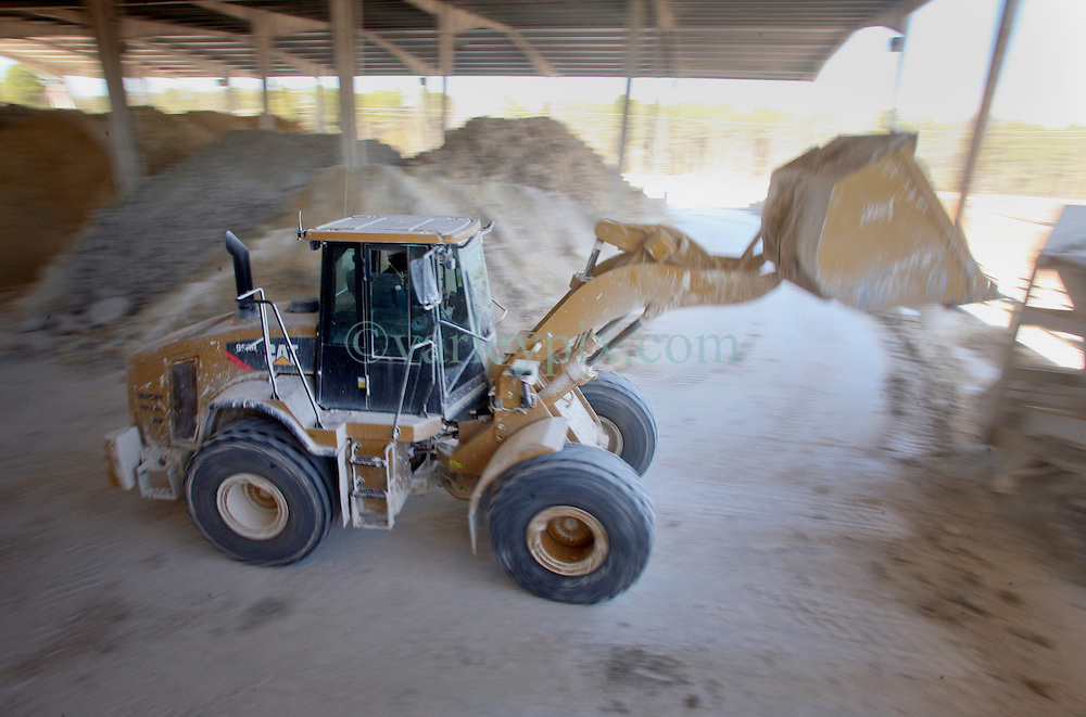 15 Feb 2010. Sandersville, Georgia, USA.<br /> Imerys, North America Ceramics, a part of the Imerys Group worldwide.<br /> 'Air floated' Kaolin is processed at the Kentucky Tennessee Clay plant on Deepstep Road near Sandersville, Georgia.<br /> Photo; Charlie Varley