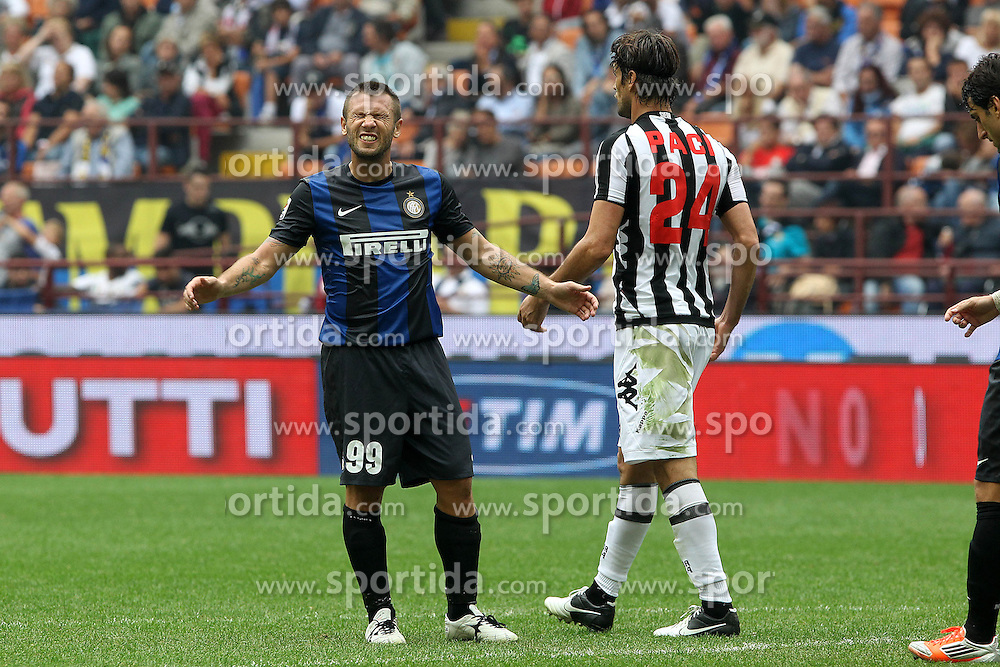 23.09.2012, Giuseppe-Meazza-Stadion, Mailand, ITA, Serie A, Inter Mailand vs AC Siena, 4. Runde, im Bild Delusione Antonio Cassano Inter // during the Italian Serie A 4th round match between Inter Milan and AC Siena at the Giuseppe Meazza Stadium, Milan, Italy on 2012/09/23. EXPA Pictures © 2012, PhotoCredit: EXPA/ Insidefoto/ Paolo Nucci..***** ATTENTION - for AUT, SLO, CRO, SRB, SUI and SWE only *****