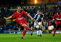 Photo. Jed Wee.<br /> Blackburn Rovers v Liverpool, Carling Cup, Ewood Park, Blackburn. 29/10/03.<br /> Liverpool's Danny Murphy slots home the penalty to pull his team level.