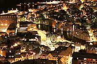 &Aring;lesund 20041123. Nattbilde av &Aring;lesund og Brosundet fotografert fra Fjellstua p&aring; Akslafjellet. <br /> <br /> Photo of &Aring;lesund city. This picture is taken at Fjellstua on the mountain called Aksla.<br /> <br /> Foto: Svein Ove Ekornesv&aring;g