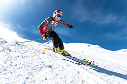 02.04.2018, Skizentrum Hochzillertal, Kaltenbach, AUT, JumpandReach Skitag, im Bild Mario Seidl // during the Skiing Day after the Winterseason with the Austrian JumpandReach Athletes at the Skiresort Hochzillertal, Austria on 2018/04/02. EXPA Pictures © 2018, PhotoCredit: EXPA/ JFK