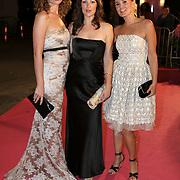 NLD/Amsterdam/20080929 - Pink Ribbon gala 2008, Kim Pieters, Peggy Vrijens en Miryanna van Reeden