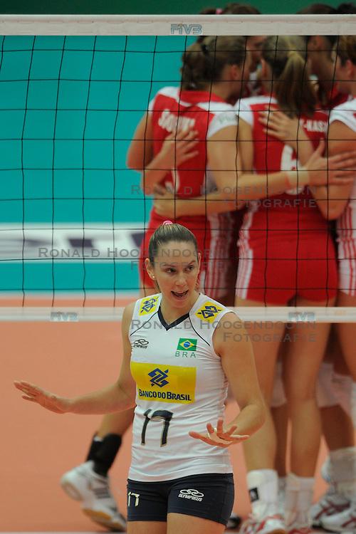 26-08-2010 VOLLEYBAL: WGP FINAL POLAND - BRAZIL: BEILUN NINGBO<br /> Brazil beat Poland 3-1 / Josefa Fabiola de Souza<br /> &copy;2010-WWW.FOTOHOOGENDOORN.NL