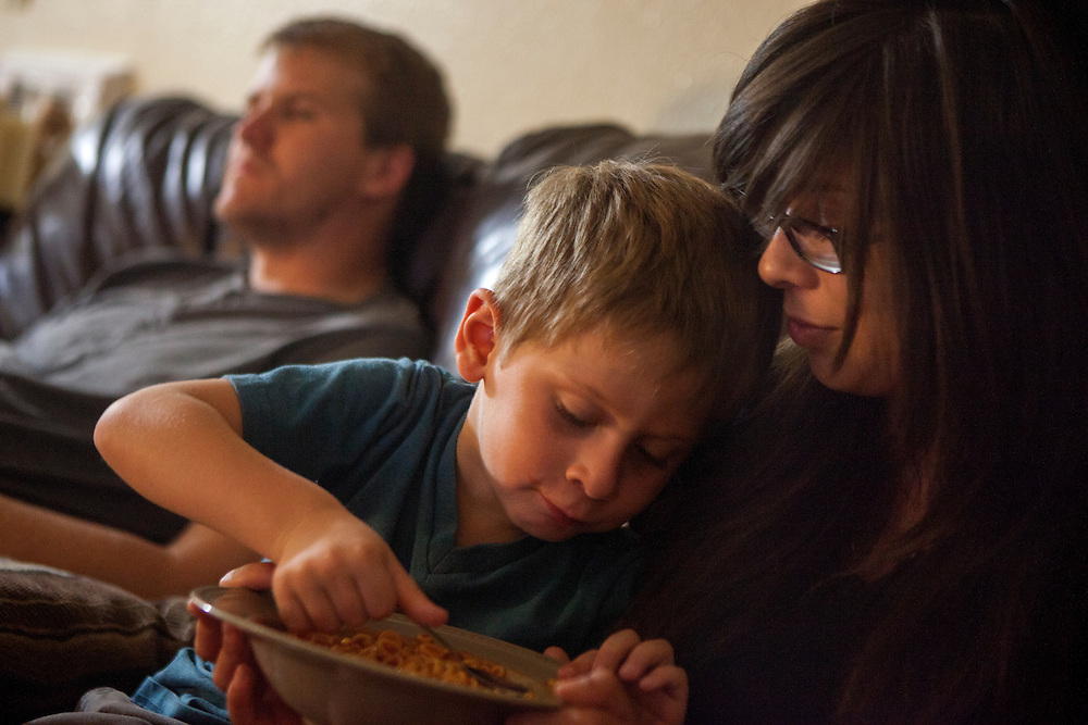 SAN DIEGO, CA - AUGUST 10, 2014:  Jannette Navarro and her son Gavin are currently staying in a home with her friend Zach Christy who is a former co-worker of Jannette's.   CREDIT: Sam Hodgson for The New York Times