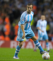 Liverpool, England - Wednesday, October 3, 2007: Olympique de Marseille's Boudewijn Zenden in action against Liverpool during the UEFA Champions League Group A match at Anfield. (Photo by David Rawcliffe/Propaganda)