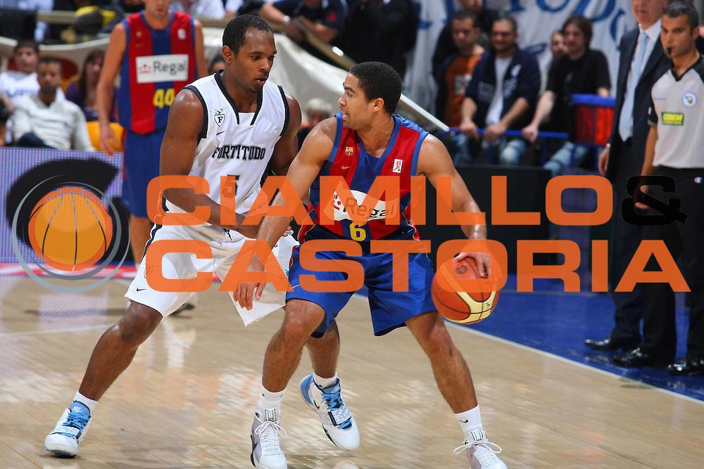 DESCRIZIONE : Bologna Lega A1 2008-09 Amichevole Upim Fortitudo Bologna Regal FC Barcellona<br /> GIOCATORE : Andr&eacute; Barrett<br /> SQUADRA : Regal FC Barcellona<br /> EVENTO : Campionato Lega A1 2008-2009 <br /> GARA : Upim Fortitudo Bologna Regal FC Barcellona<br /> DATA : 01/10/2008 <br /> CATEGORIA : Palleggio<br /> SPORT : Pallacanestro <br /> AUTORE : Agenzia Ciamillo-Castoria/G.Ciamillo<br /> Galleria : Lega Basket A1 2008-2009 <br /> Fotonotizia : Bologna Lega A1 2008-09 Amichevole Upim Fortitudo Bologna Regal FC Barcellona<br /> Predefinita :