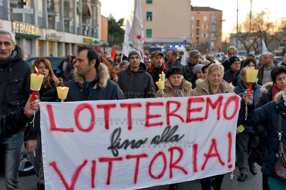 Roma 10 Gennaio 2015<br /> Manifestazione degli inquilini del Comitato Case Popolari 3&deg; Municipio, contro il Piano Casa, del Governo Renzi, che prevede la vendita all&rsquo;asta, (e a prezzi di mercato) delle case popolari.<br /> Rome January 10, 2015<br /> Demostration  of the tenants of the Public Housing Committee 3rd Hall , against the housing plan, of the Renzi government, which provides for the auction, (at market price) of public housing.