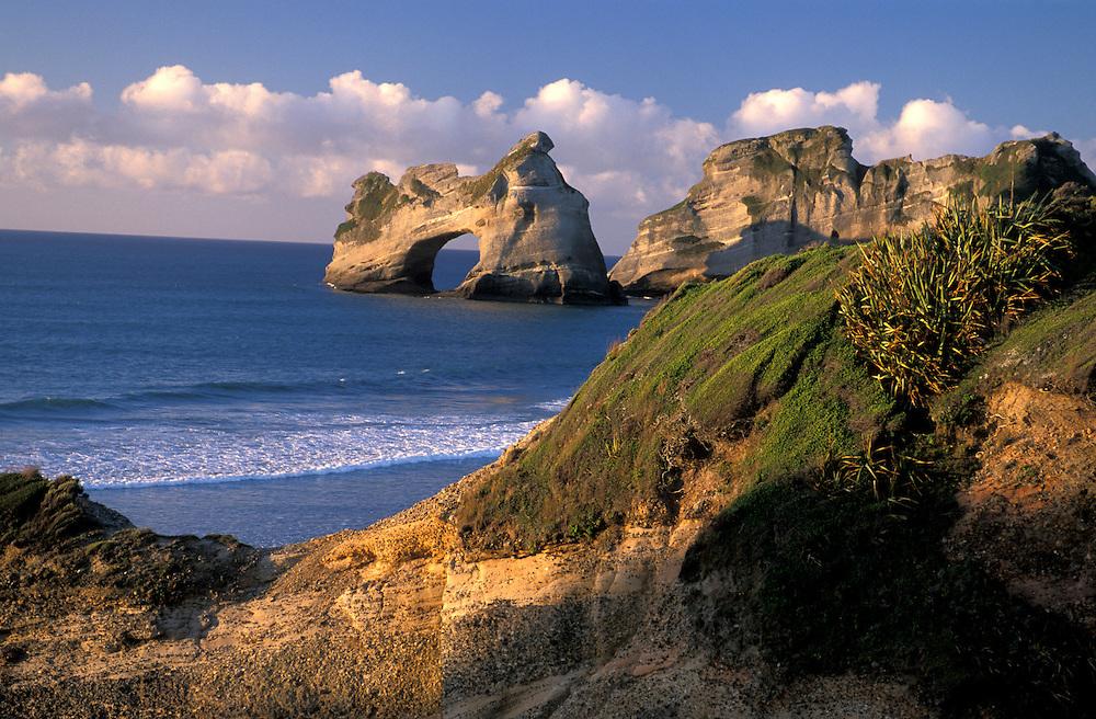 Wharariki Beach near Farewell Spit, South Island, New Zealand