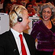 NLD/Hilversum/20100121 - Benefietactie voor het door een aardbeving getroffen Haiti, Geert Wilders en SHO-voorzitter Farah Karimi