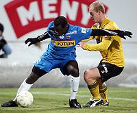 Fotball , 10. mars 2009 , Privatkamp , Sandefjord - Moss<br /> Lars Martin Engedal  , Moss og Malick Mane , Sandefjord