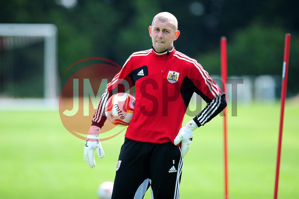 Bristol City's new signing Frank Fielding - Photo mandatory by-line: Dougie Allward/JMP - Tel: Mobile: 07966 386802 27/06/2013 - SPORT - FOOTBALL - Bristol -  Bristol City - Pre Season Training - Npower League One