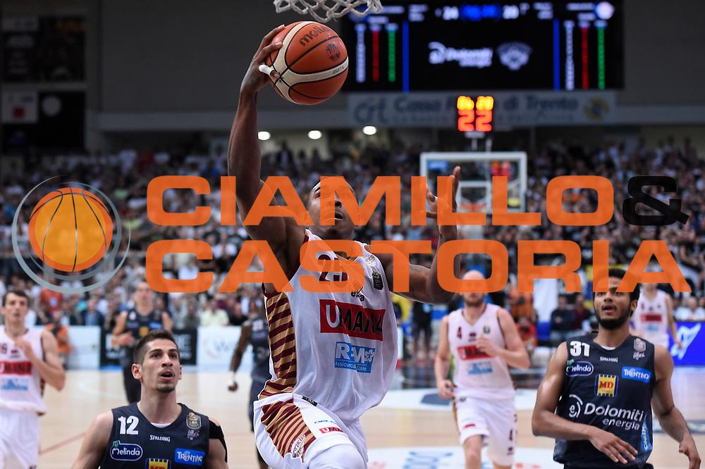 Tyrus McGee<br /> Dolomiti Energia Aquila Basket Trento - Umana Reyer Venezia<br /> Lega Basket Serie A 2016/2017<br /> Playoff, finale gara 3<br /> Trento, 14/06/2017<br /> Foto M.Ceretti / Ciamillo-Castoria