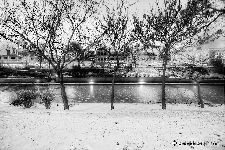 Black and white photo along Brush Creek, Country Club Plaza area of Kansas City, Missouri.
