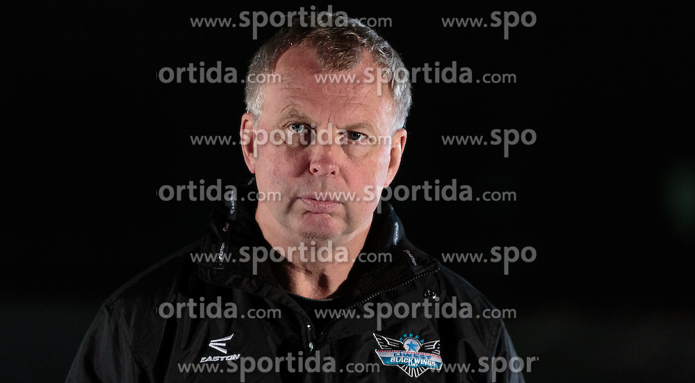 10.08.2015, Red Bull Akademie Liefering, Salzburg, AUT, EBEL, Medien Tag, im Bild Trainer Rob Daum (LIWEST Black Wings Linz) // during the Erste Bank Icehockey League Media Da at the Red Bull Football and Icehockey Academy Liefering in Salzburg, Austria on 2015/08/10. EXPA Pictures © 2015, PhotoCredit: EXPA/ JFK