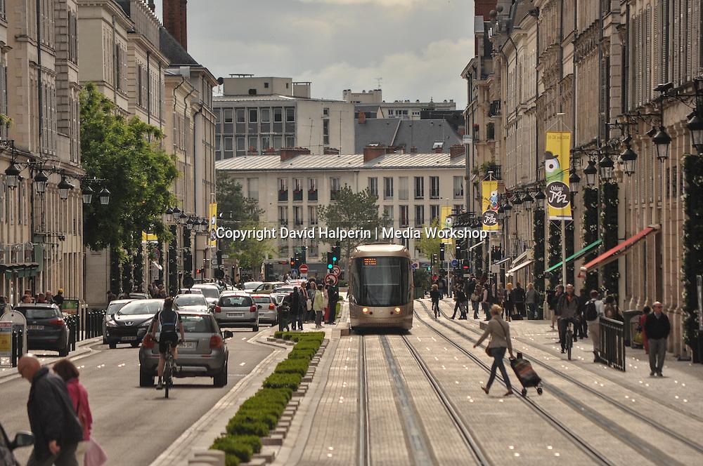 Rue Jeanne d'Arc, Orléans