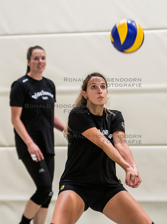 10-09-2018 NED: Training PDK Huizen season 2018-2019, Huizen<br /> Training for the players of Top Division club vv Huizen women season 2018-2019 / Daniela de Hooge #3 of PDK Huizen