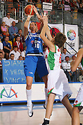 DESCRIZIONE : Ortona Italy Italia Eurobasket Women 2007 Bielorussia Italia Belarus Italy <br /> GIOCATORE : Laura Macchi <br /> SQUADRA : Nazionale Italia Donne Femminile EVENTO : Eurobasket Women 2007 Campionati Europei Donne 2007 <br /> GARA : Bielorussia Italia Belarus Italy <br /> DATA : 03/10/2007 <br /> CATEGORIA : Tiro <br /> SPORT : Pallacanestro <br /> AUTORE : Agenzia Ciamillo-Castoria/S.Silvestri Galleria : Eurobasket Women 2007 <br /> Fotonotizia : Ortona Italy Italia Eurobasket Women 2007 Bielorussia Italia Belarus Italy <br /> Predefinita :