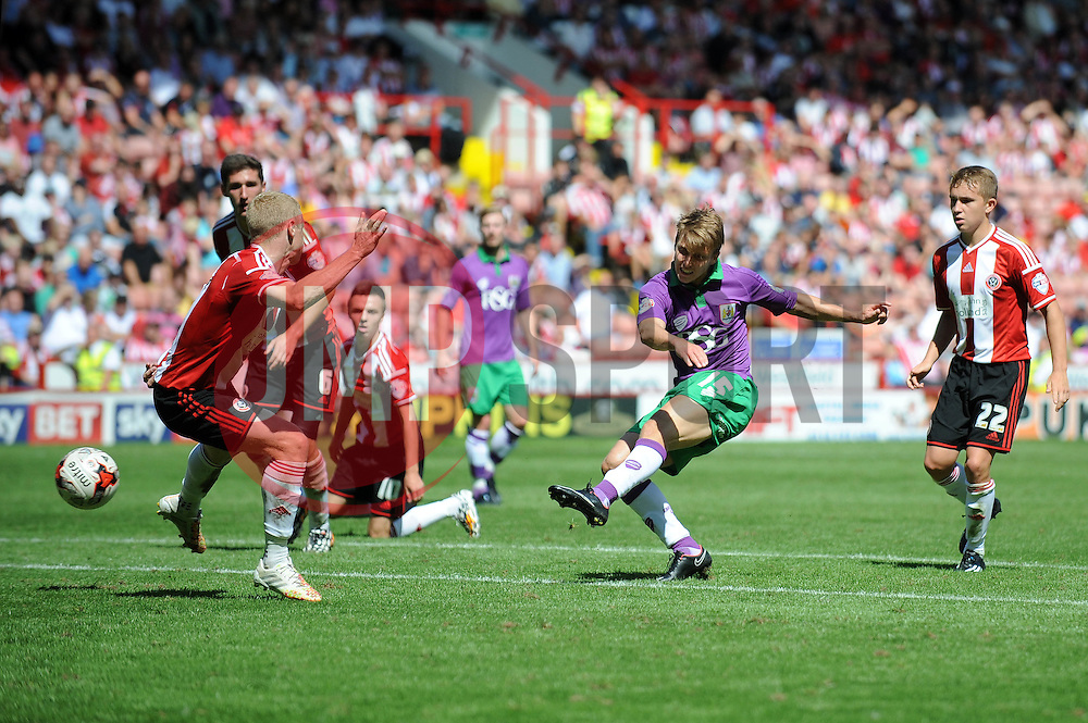 Bristol City's Luke Freeman takes a shot at goal. - Photo mandatory by-line: Dougie Allward/JMP - Mobile: 07966 386802 09/08/2014 - SPORT - FOOTBALL - Sheffield - Bramal Lane - Sheffield United v Bristol City - Sky Bet League One - First game of the season