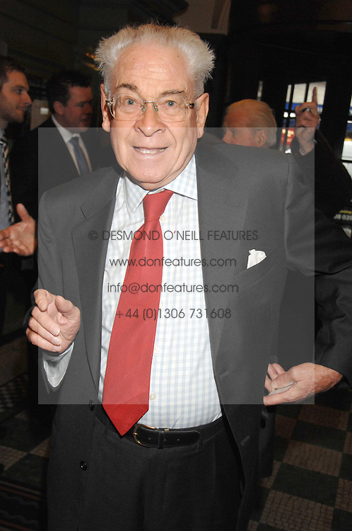STANLEY BAXTER at the 2008 Oldie of The year Awards and lunch held at Simpsons in The Strand, London on 11th March 2008.<br /><br />NON EXCLUSIVE - WORLD RIGHTS