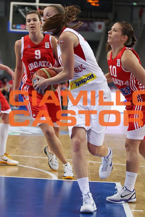 DESCRIZIONE : Lodz Poland Polonia Eurobasket Women 2011 Quarter Final Round Repubblica Ceca Croazia Czech Republic Croatia<br /> GIOCATORE : Katerina Elhotova <br /> SQUADRA : Czech Republic Repubblica Ceca<br /> EVENTO : Eurobasket Women 2011 Campionati Europei Donne 2011<br /> GARA : Repubblica Ceca Croazia Czech Republic Croatia<br /> DATA : 29/06/2011<br /> CATEGORIA : <br /> SPORT : Pallacanestro <br /> AUTORE : Agenzia Ciamillo-Castoria/E.Castoria<br /> Galleria : Eurobasket Women 2011<br /> Fotonotizia : Lodz Poland Polonia Eurobasket Women 2011 Quarter Final Round Repubblica Ceca Croazia Czech Republic Croatia<br /> Predefinita :