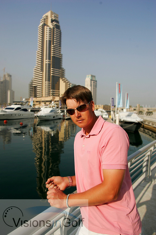 Henrik Stenson relaxing off the course in Dubai Marina, UAE. 6th February 2006<br /> Mandatory Photo Credit: Mark Newcombe / visionsingolf.com