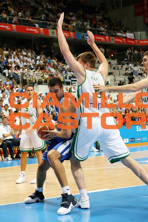 DESCRIZIONE : Madrid Spagna Spain Eurobasket Men 2007 Quarter Final Quarti di Finale Grecia Greece Slovenia Slovenia <br /> GIOCATORE : Konstantinois Tsartsaris<br /> SQUADRA : Grecia Greece <br /> EVENTO : Eurobasket Men 2007 Campionati Europei Uomini 2007 <br /> GARA : Grecia Greece Slovenia Slovenia <br /> DATA : 14/09/2007 <br /> CATEGORIA : Palleggio<br /> SPORT : Pallacanestro <br /> AUTORE : Ciamillo&amp;Castoria/A.Vlachos <br /> Galleria : Eurobasket Men 2007 <br /> Fotonotizia : Madrid Spagna Spain Eurobasket Men 2007 Quarter Final Quarti di Finale Grecia Greece Slovenia Slovenia <br /> Predefinita :
