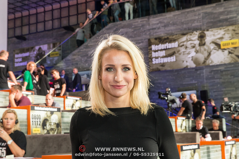 NLD/Hilversum/20181010 -  555 actiedag voor Sulawesi, Dionne Stax