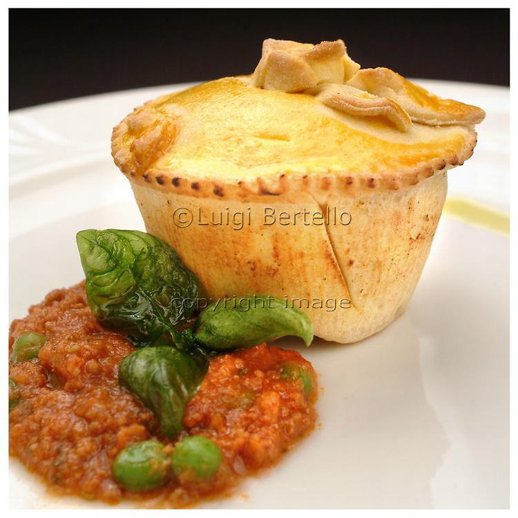 Le Ricette Tradizionali della Cucina Italiana.Italian Cooking Recipes. Timballo di mezzanelli