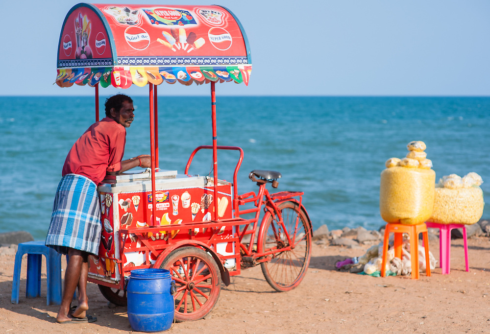 Ice cream trolley by the sea at Puducherry (India)
