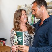 NLD/Amsterdam/20150608 -Yoga  Boekpresentaie Danielle van 't Schip - Oonk, Danielle en haar partner John van 't Schip