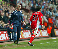 Photo: Chris Ratcliffe.<br /> Middlesbrough v West Ham United. The FA Cup, Semi-Final. 23/04/2006.<br /> Alan Pardew urges his team on
