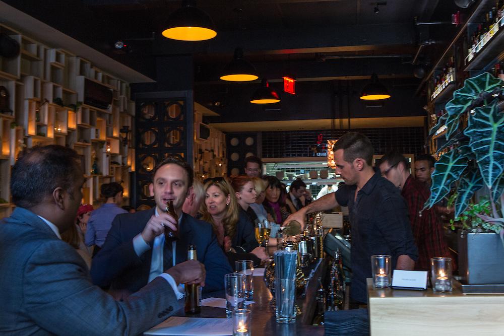 The bar at Pearl & Ash.