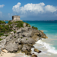 Structure 45 at Tulum ruins on the Caribbean Sea.