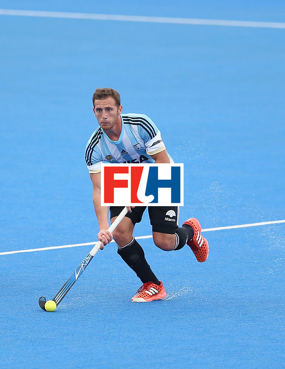 LONDON, ENGLAND - JUNE 24: Lucas Vila of Argentina in action during the semi-final match between Argentina and Malaysia on day eight of the Hero Hockey World League Semi-Final at Lee Valley Hockey and Tennis Centre on June 24, 2017 in London, England. (Photo by Steve Bardens/Getty Images)