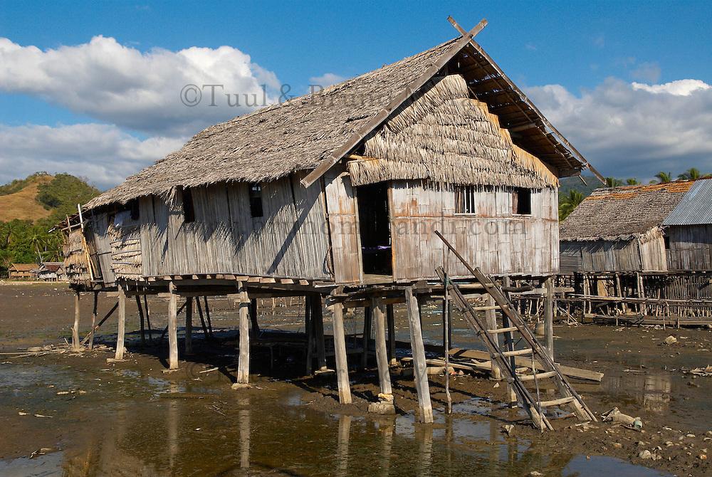 Indonesie. Flores. Village de Riung au nord de l ile. // Indonesia. Flores. Riung village, north of the island.