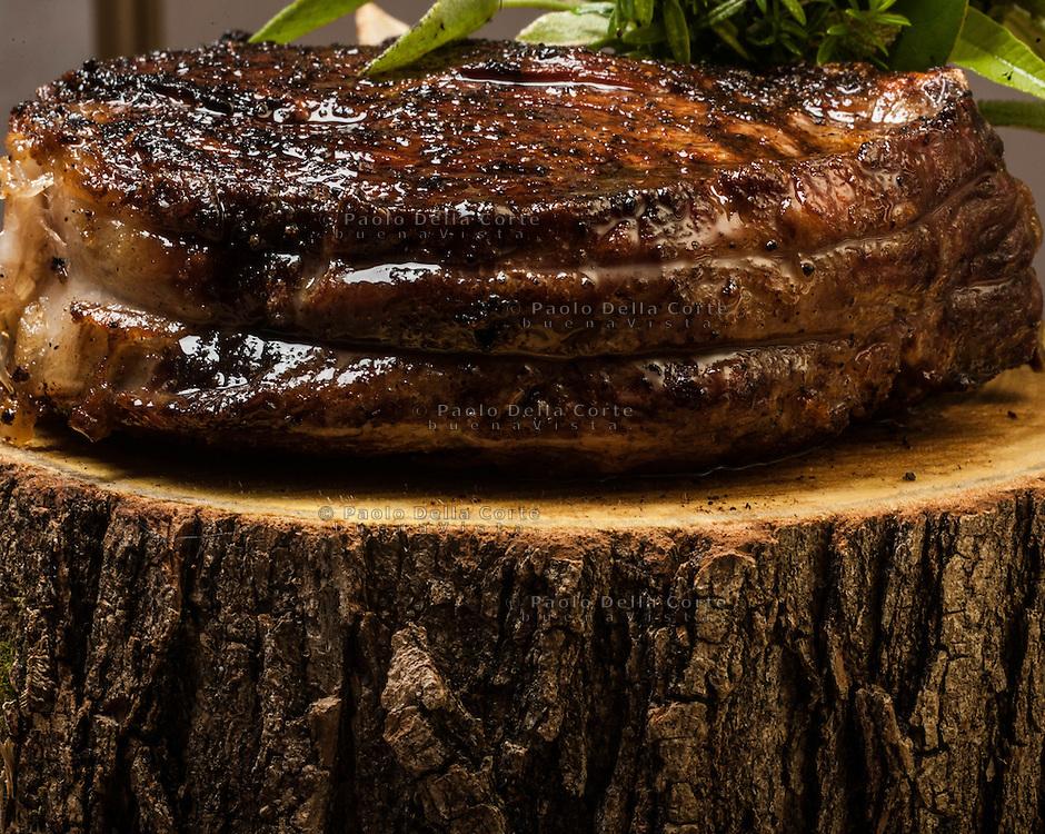 Cividale del Friuli: Orsoni the Joe Bastianich Restaurant. WASHINGTON ST. STEAK VERDURE RIPIENE E INSALATA DELL'ORTO