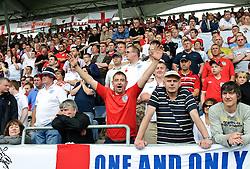 30.05.2010, UPC Arena, Graz, AUT, WM Vorbereitung, Japan vs England, im Bild ein Feature mir englischen Fans, EXPA Pictures © 2010, PhotoCredit: EXPA/ S. Zangrando / SPORTIDA PHOTO AGENCY