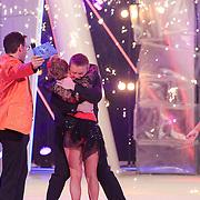NLD/Hilversum/20130209 - Finale Sterren Dansen op het IJs 2013, Tony Wyczynski en Alexandra Murphy winnen Sterren Dansen op het IJs