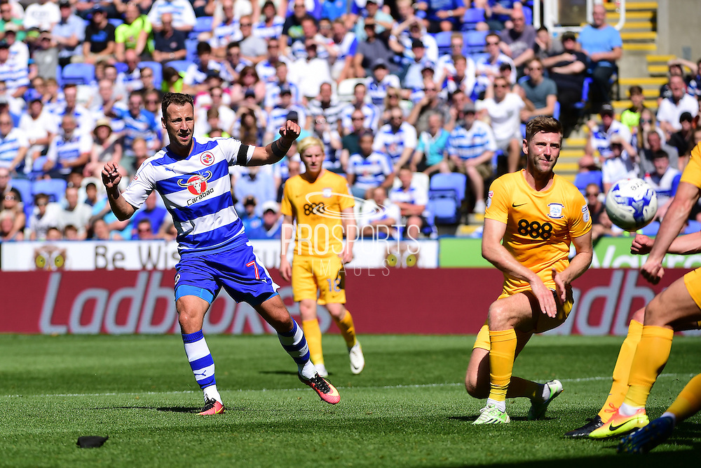 Reading forward Roy Beerens (7) has a shot during the EFL Sky Bet Championship match between Reading and Preston North End at the Madejski Stadium, Reading, England on 6 August 2016. Photo by Jon Bromley.