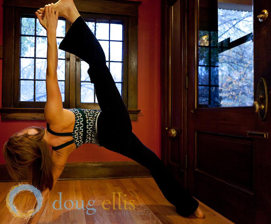 Leah Peterson yogini photos at home by Doug Ellis.