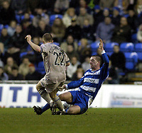Fotball<br /> FA-cup 2005<br /> Reading v Leicester<br /> 29. januar 2005<br /> Foto: Digitalsport<br /> NORWAY ONLY<br /> icky Newman of Reading goes in hard on Joey Gudjonsson to earn himself a second yellow,then a red card