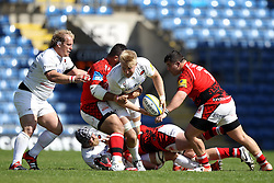 Saracens Jackson Wray wriggles through The London Welsh tackles - Photo mandatory by-line: Robbie Stephenson/JMP - Mobile: 07966 386802 - 16/05/2015 - SPORT - Rugby - Oxford - Kassam Stadium - London Welsh v Saracens - Aviva Premiership